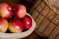 Apples In Wooden Pan Royalty Free Stock Images