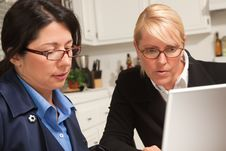 Free Businesswomen Working On The Laptop Stock Photography - 9769972