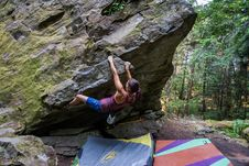 Free Bouldering-28 Royalty Free Stock Images - 97650309