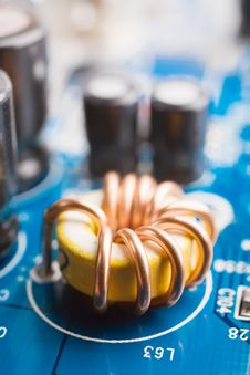 Free Coil On A Motherboard Royalty Free Stock Photos - 9773258