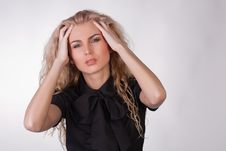 Free Blond Young Woman With A Pounding Headache Royalty Free Stock Photography - 9776217