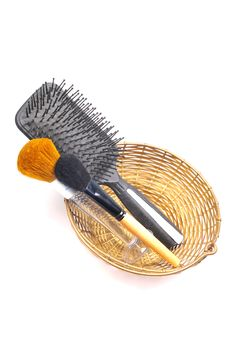 Free Makeup Brushes And Comb Royalty Free Stock Photo - 9779635