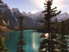 Free Lake Mountains Trees Mountain Lake Landscape Stock Photography - 97871772