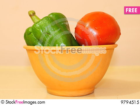 Free Capsicum And Tomato Royalty Free Stock Photo - 9794515