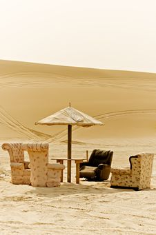 Free Desert Sitting Room Stock Images - 9790444
