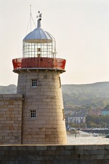 Free Lighthouse At Howth Harbor In Dublin Stock Image - 9793121