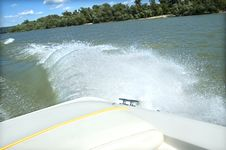 Free Motorboat Splash And Wake Stock Images - 9794924