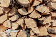 Free Birch Split Firewood Royalty Free Stock Images - 97905369