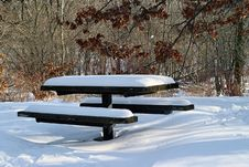 Free Snowcovered Picnic Table Stock Image - 983251