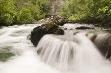 Free Liberty Falls Cascade Royalty Free Stock Photos - 983708