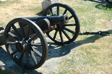 Free Old Cannon Stock Photography - 984322