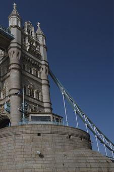 Free Tower Bridge Royalty Free Stock Photo - 984645