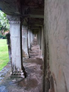 Free Angkor Wat Temple Royalty Free Stock Photos - 986358