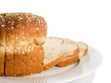 Free Loaf Of Sliced Bread On Plate. Stock Photography - 986952