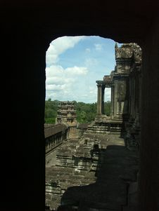 Free Angkor Wat Temple Royalty Free Stock Images - 988049