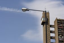 Free Trellick Tower Royalty Free Stock Photos - 988118