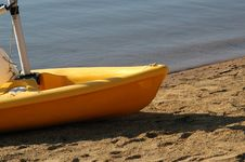 Yellow Dinghy Royalty Free Stock Photography