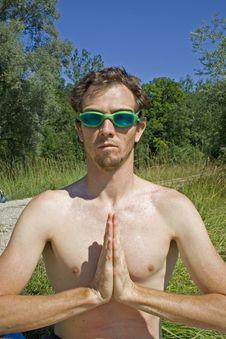 Free Meditating Swimmer Royalty Free Stock Photo - 989725
