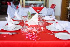 Free Beautifully Decorated Tables Royalty Free Stock Photo - 9802915