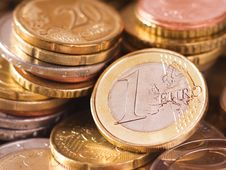 Free Euro Coins Royalty Free Stock Photos - 9804088