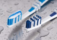 Free Tooth Brushes Stock Photography - 9804602