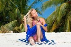 Free Beautiful Blondy Relaxing On Tropical Beach Royalty Free Stock Photo - 9805845