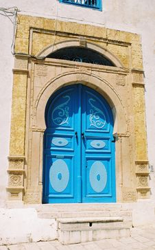 Free Blue Tunisian Door Royalty Free Stock Image - 9806626