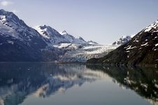 Free Glacial Reflection Royalty Free Stock Photography - 9807807