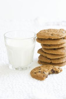 Free Cookies And Milk Royalty Free Stock Photo - 9807825