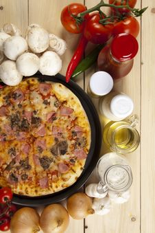 Free Pizza With Mushrooms Royalty Free Stock Photo - 9808335