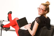 Free Pretty Woman Working With Laptop Royalty Free Stock Photos - 9809328