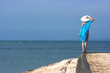 Free Lady With White Hat Stock Image - 9810081