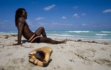 Free Man Sitting On The Beach In Cuba Stock Photos - 9811423
