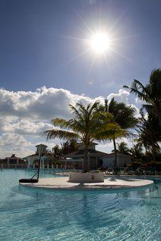Free Swimming-pool In Cuba Stock Image - 9811821