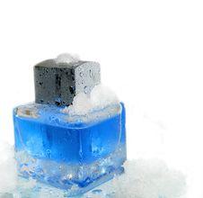 Free Blue Parfume Bottle Stock Photography - 9813902