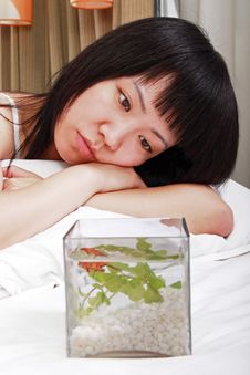 Free Asian Girl With Her Goldfish Royalty Free Stock Photography - 9814067