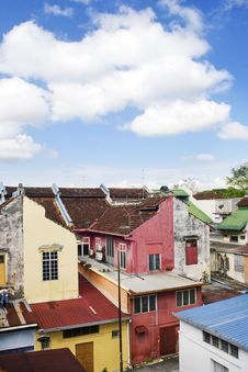 Free Old Colorful Houses Royalty Free Stock Photo - 9815555