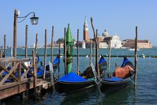 Free View Of San Giorgio Maggiore With Gondolas Royalty Free Stock Photography - 9816047