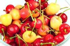 Free Cherry Royalty Free Stock Images - 9819379