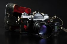 Free Old Camera Set Royalty Free Stock Photo - 9821405