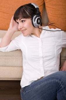 Free Listening Music Stock Image - 9822101