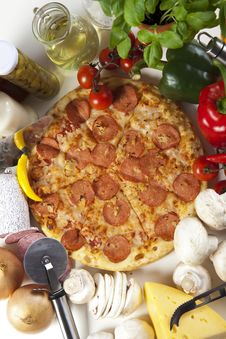 Free Pizza With Salami Royalty Free Stock Photo - 9823325