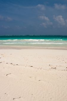 Free Tulum White Beach In Mexico Royalty Free Stock Photo - 9827385