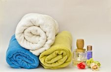 Free Pile Of Towels Stock Image - 9834121