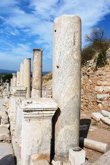 Free Ephesus Columns Royalty Free Stock Photography - 9834287