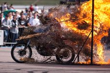 Free Stunt Rider And Wall Of Flames Royalty Free Stock Image - 9836376