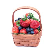 Free Strawberry Blueberry Basket Stock Images - 9838014