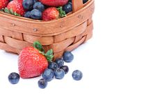 Free Basket Of Strawberries Blueberries Stock Images - 9838034