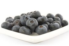 A Plate With Fresh Blueberries Royalty Free Stock Images