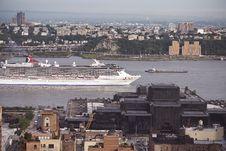 Free Cruise Ship Royalty Free Stock Photo - 9838605